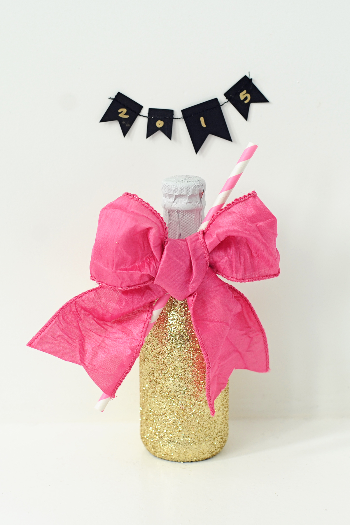 DIY Glittered Party Bottles : Fun DIY Party Ideas - Pink Peppermint ...