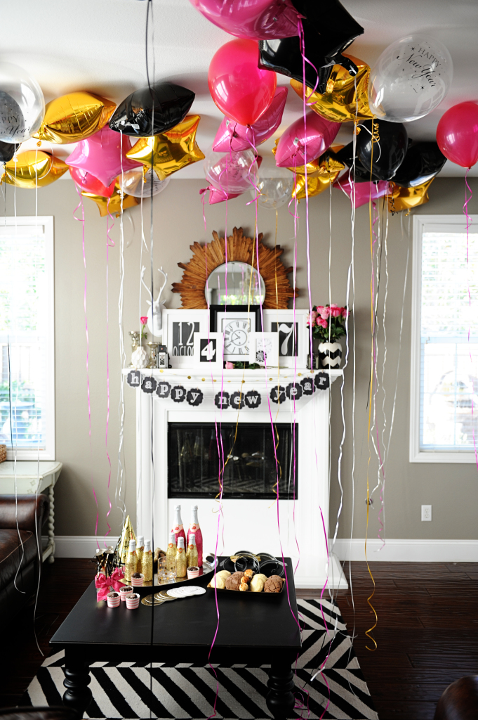"""Free """"Happy New Year"""" NYE Party Printable by Tammy Mitchell"""