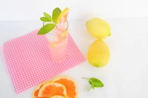 Delicious Grapefruit Spritzer Recipe
