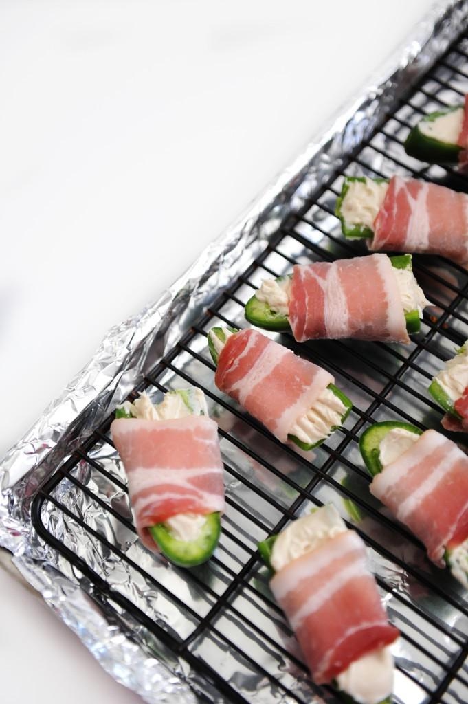 bacon wrapped stuffed jalapenos recipe