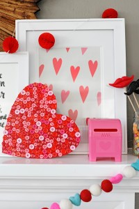 Make this Cute and Easy DIY Valentine Craft: Wood Button Heart Decoration