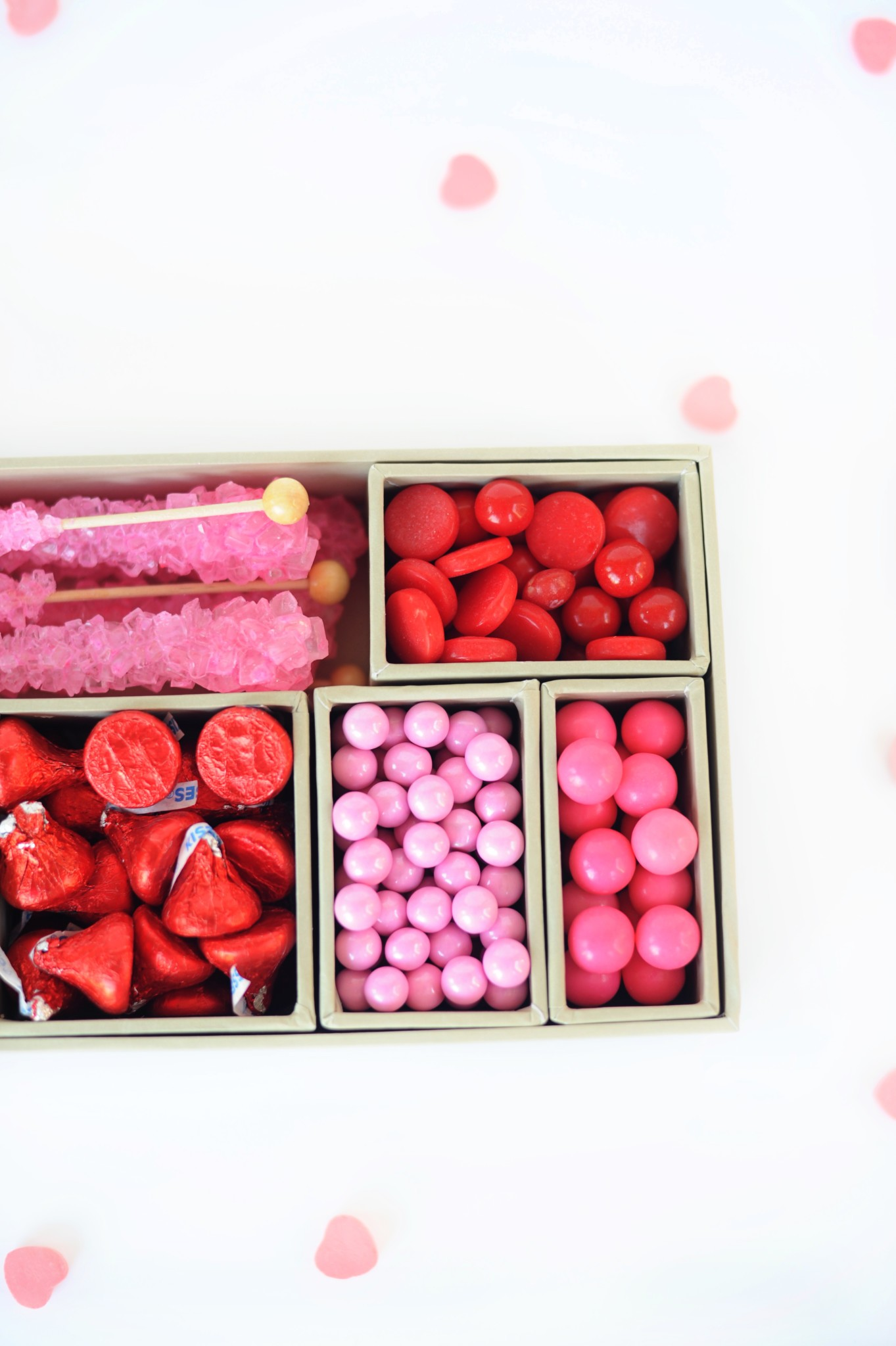 Super Cute DIY Valentines Candy Gift Box Craft (Red & Pink