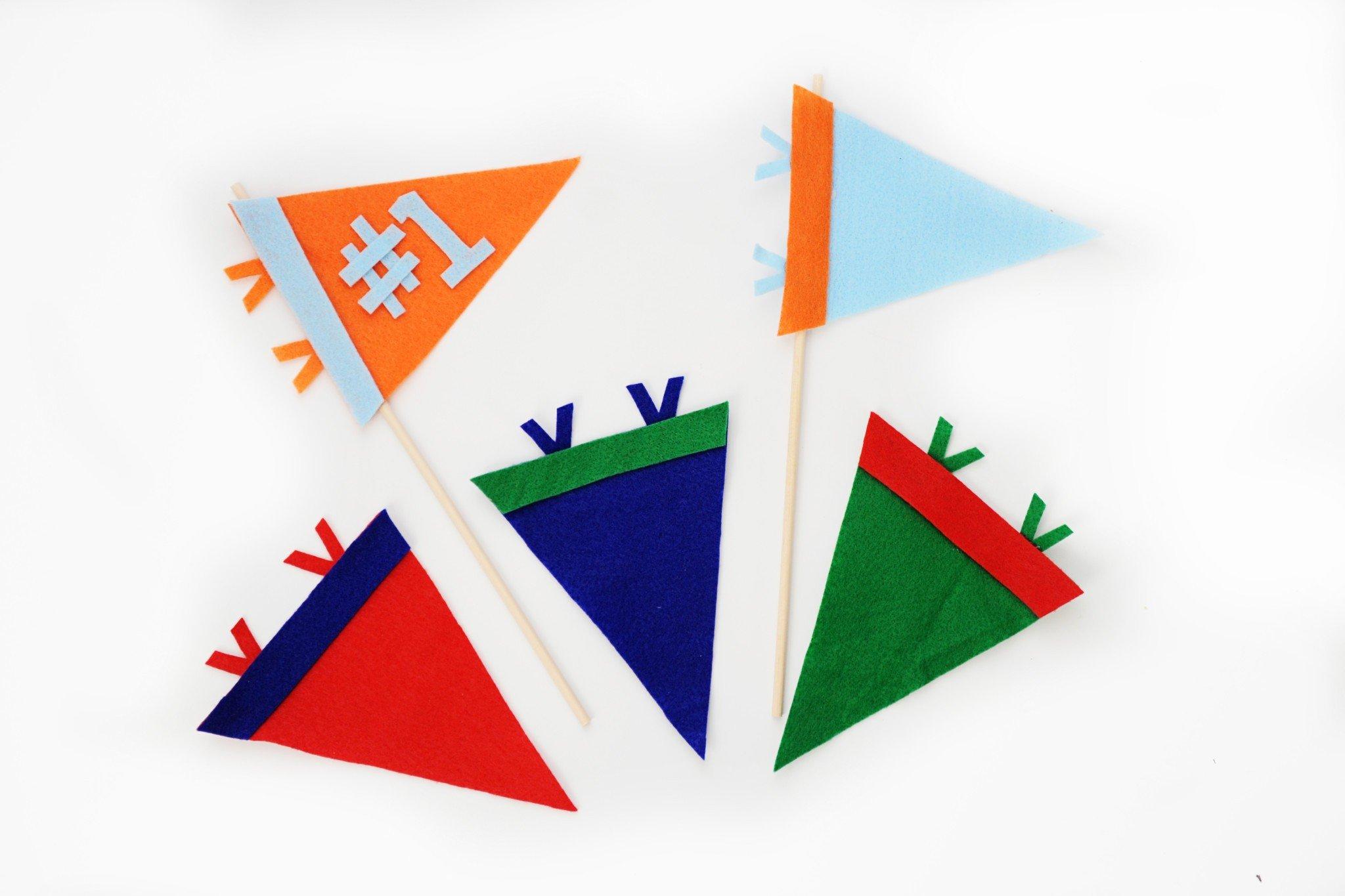 How to Make a Mini Felt Sports Pennant / Flag | DIY Template