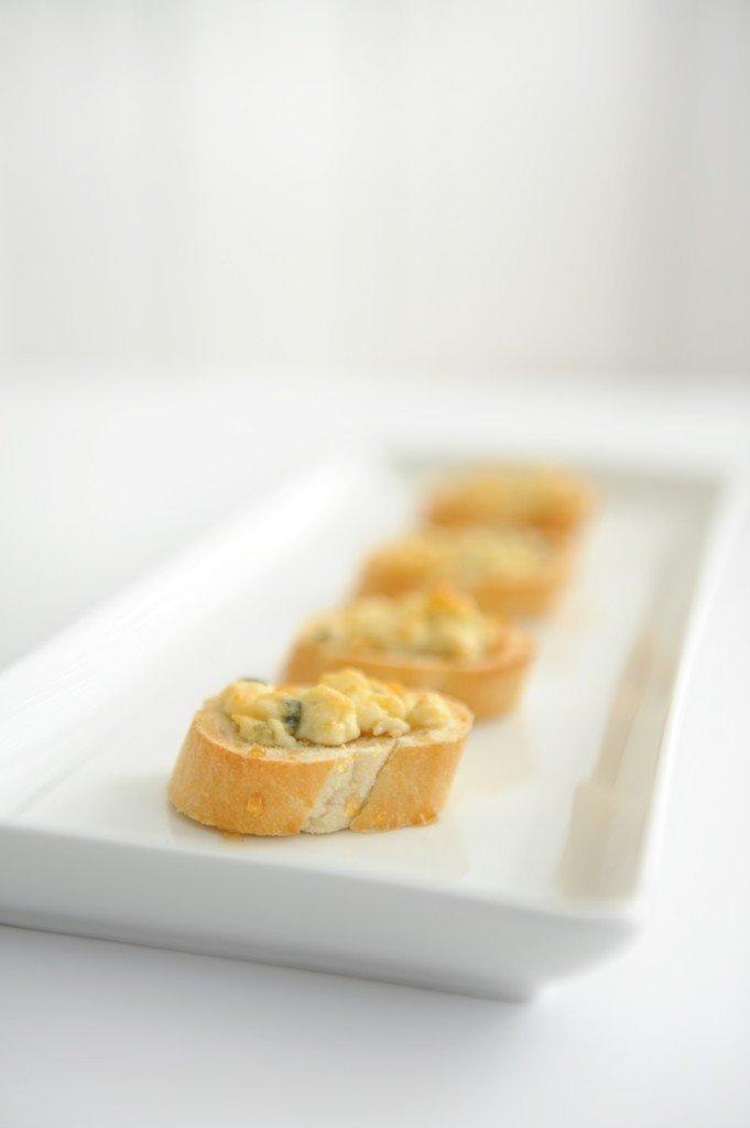 blue cheese and honey appetizer recipe