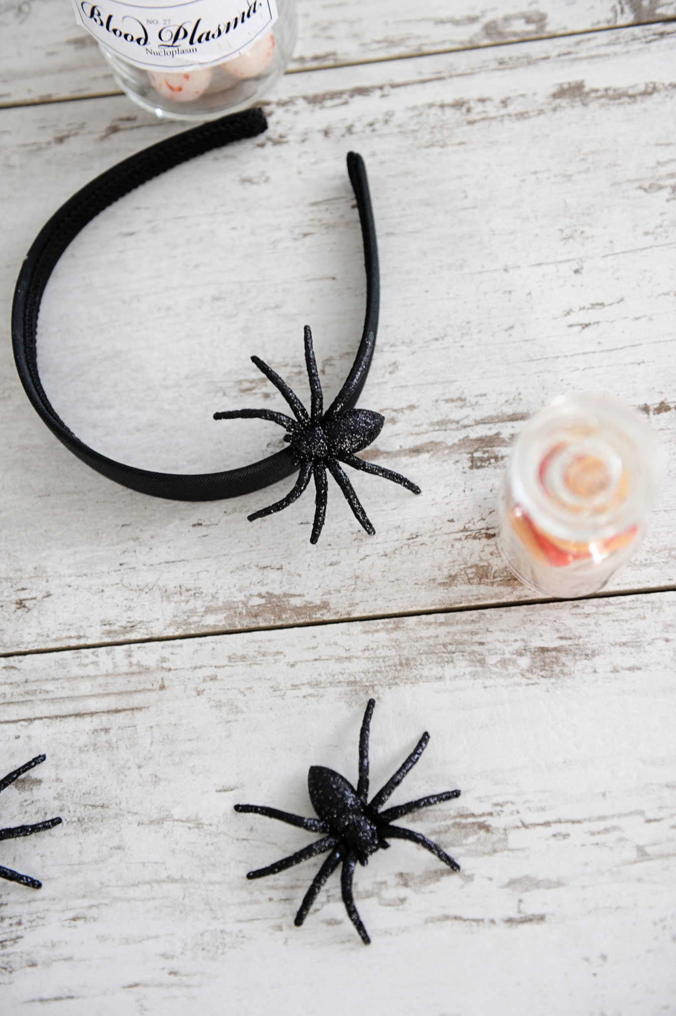 DIY spider headband