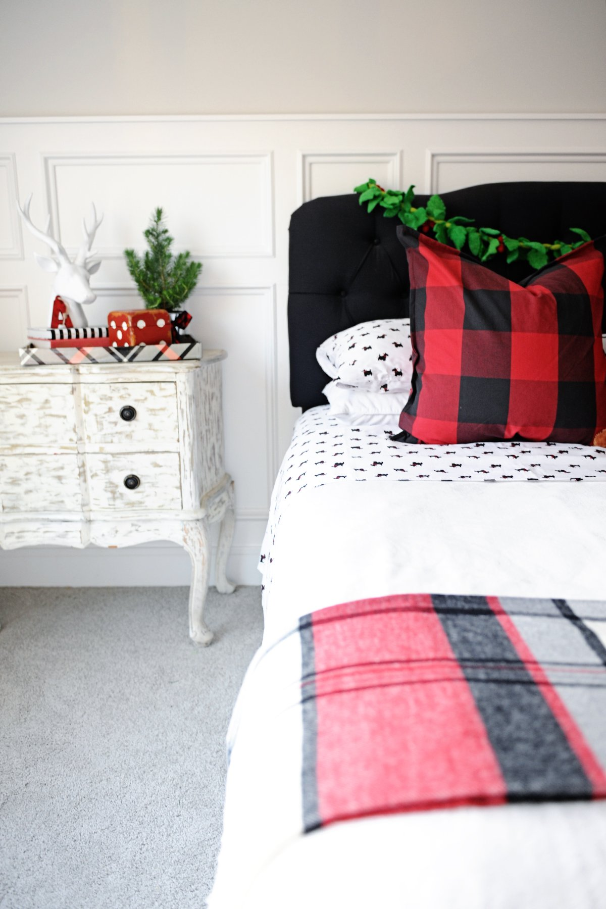 christmas bedroom decor - Christmas Bedroom Decor Ideas