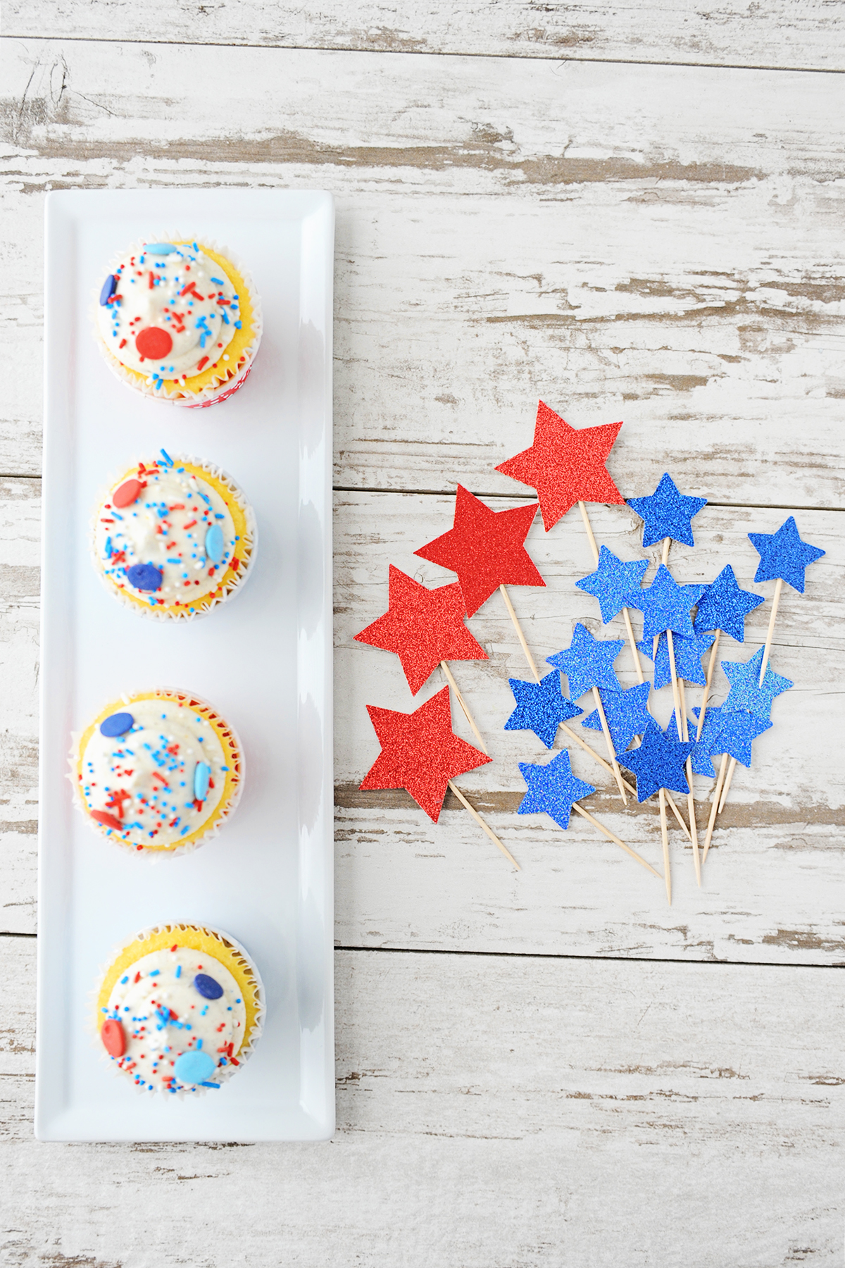 DIY Star cupcake toppers