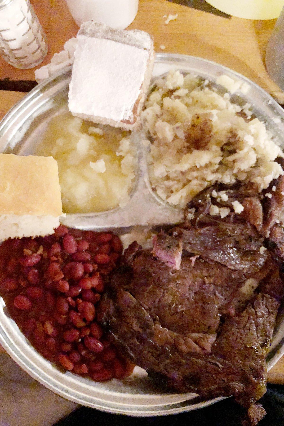 the best chuckwagon dinner in jackson