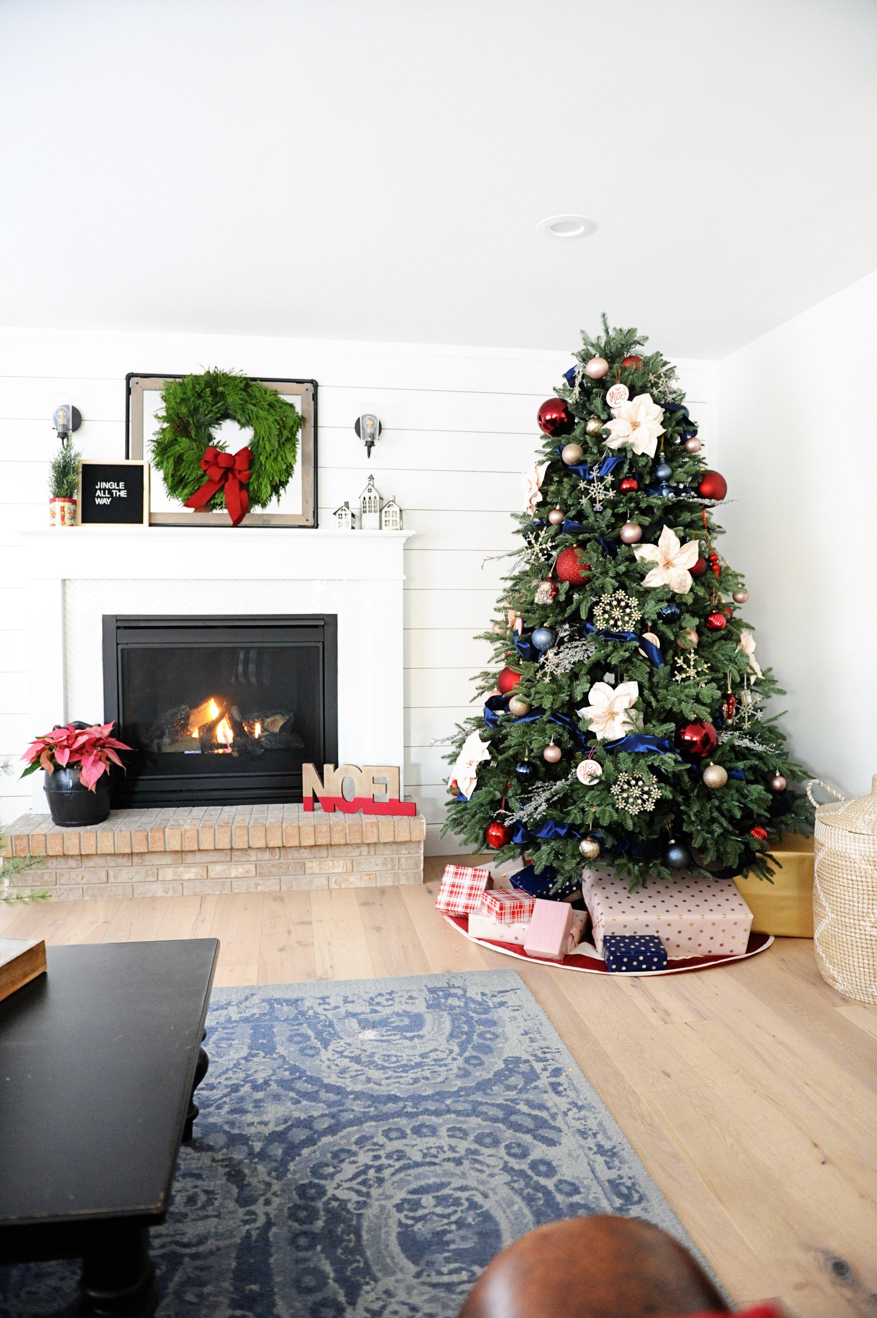 Christmas family room decorating ideas