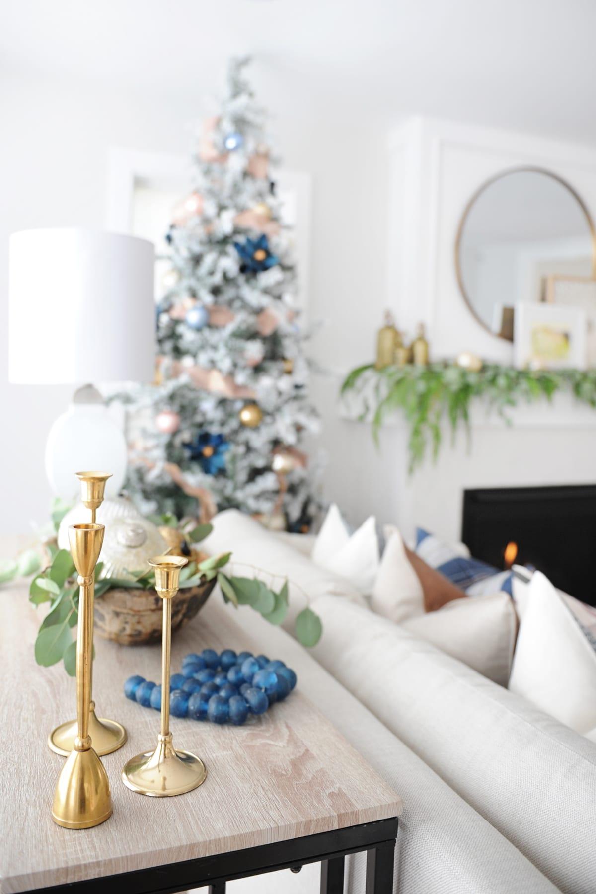 Christmas living room decorating ideas 17