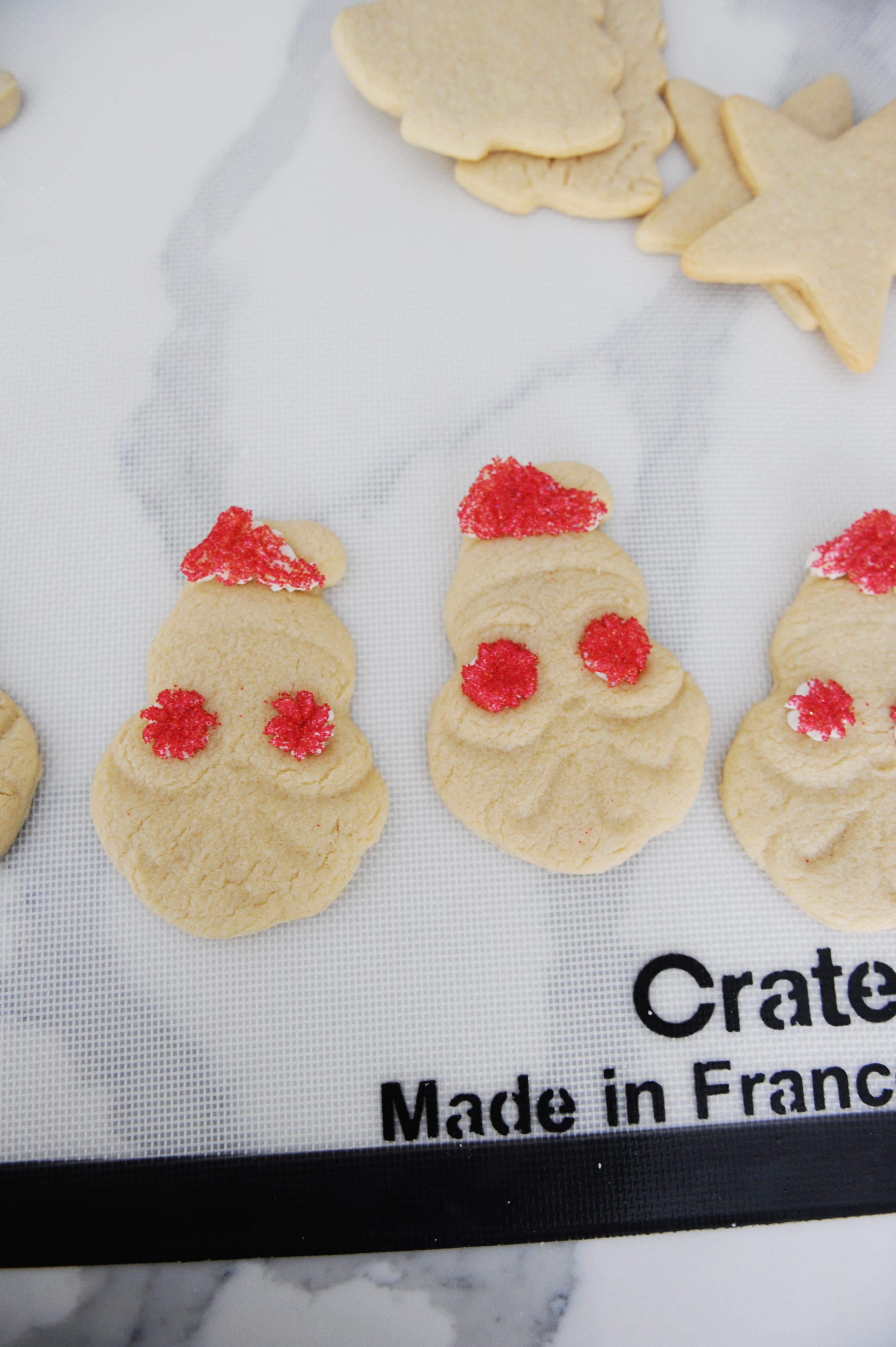 How to frost santa cookies