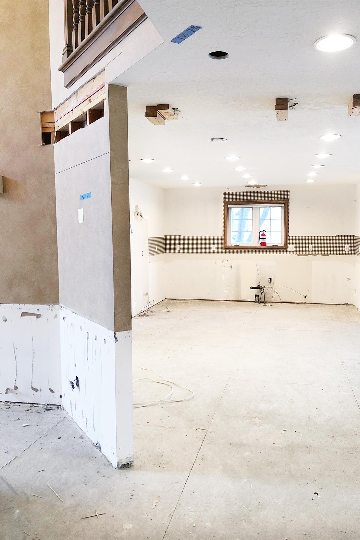Kitchen wall 1