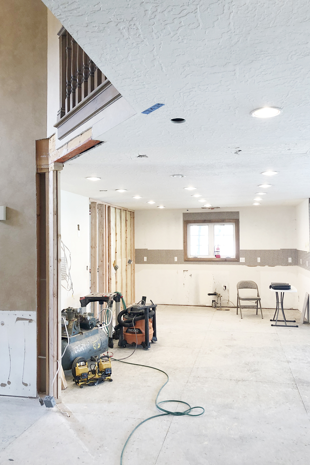 Kitchen wall 3