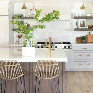 Midway kitchen 1