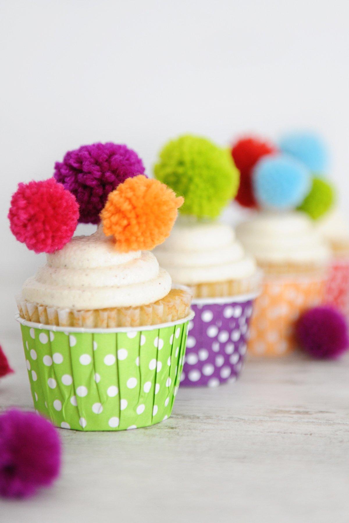 pom pom cupcake toppers
